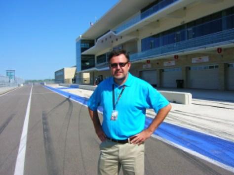 Edgar R. Farrera in pitlane. Tribute Racing